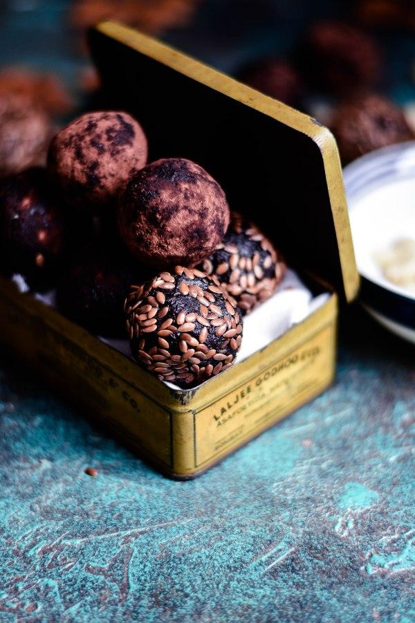Healthy Quinoa Brownie NuttyBites